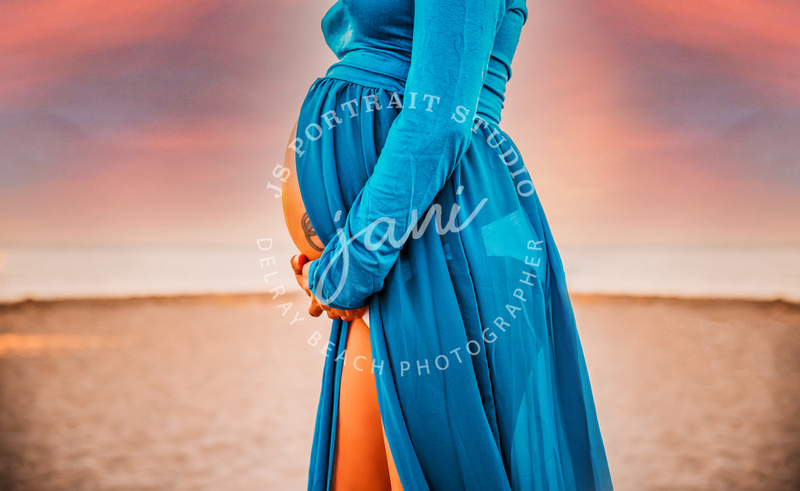 Maternity Photo Session with JS Portrait Studio Delray Beach at Bill Baggs Park